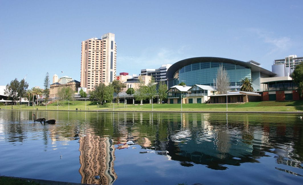 آدلاید شهر مرکزی ایالت استرالیای جنوبی
